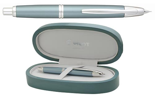 Pilot & Namiki Limited Editions - Ice Blue Vanishing Point - Year: 2006 - Edition: 2000 Pens - Fountain Pen