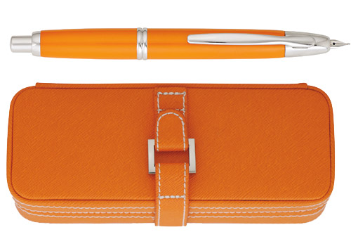 Pilot & Namiki Limited Editions - Vanishing Point Orange - Year: 2007 - Fountain Pen (with Luxurious Case)